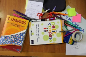 Educacio_Drets_Humans_Compass
